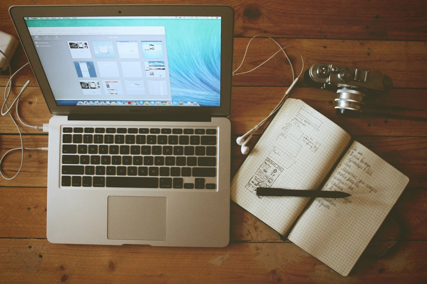 Image of laptop and notebook
