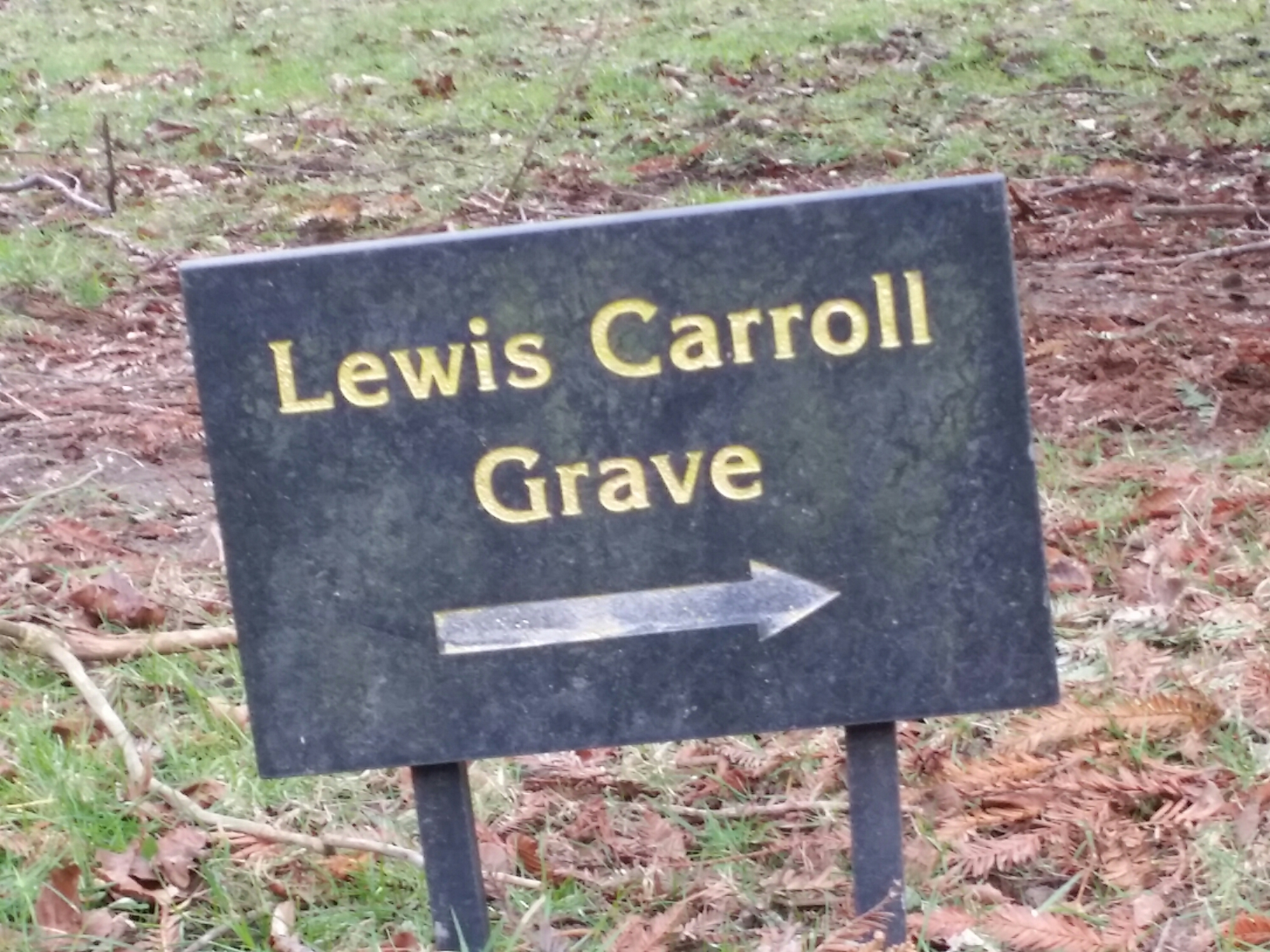 Sign to Lewis Carroll's grave