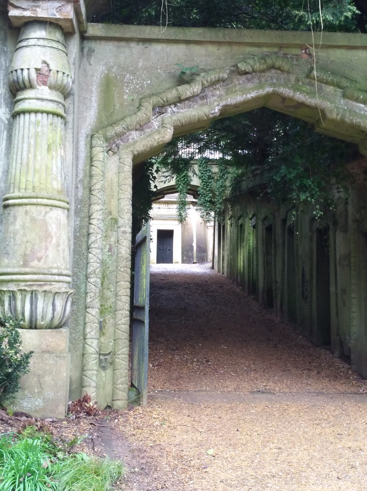 Image of the Egyptian Avenue, Highgate Cemetery, West