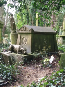 Tomb of Tom Sayers, Highgate Cemetery