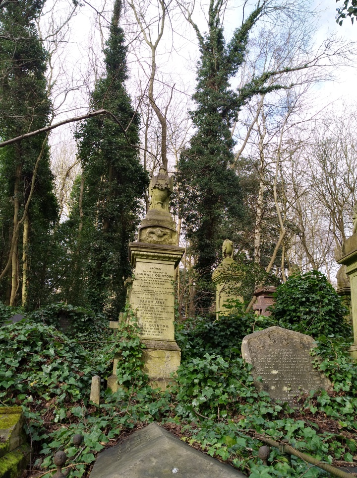 Image of Highgate cemetery West
