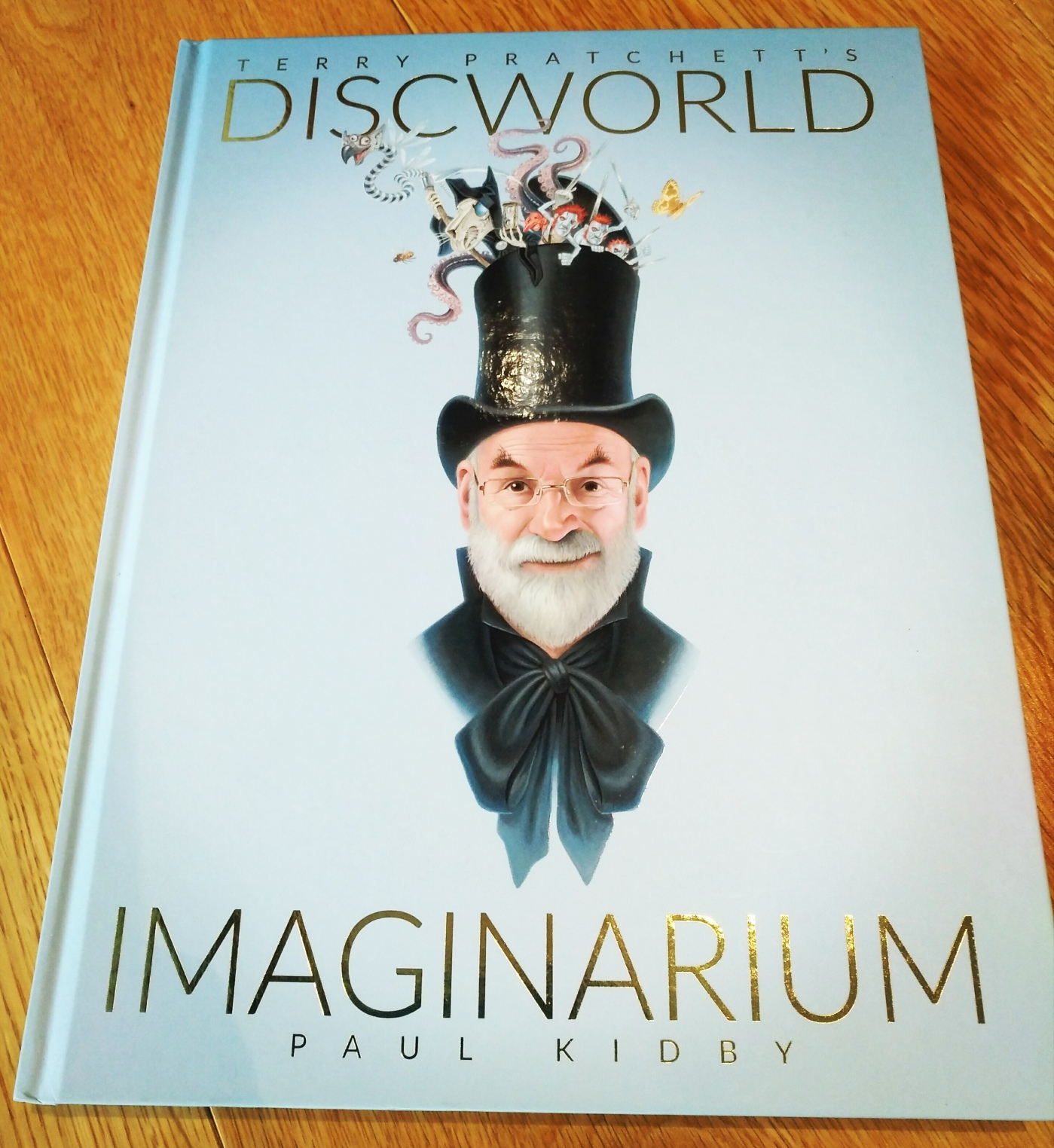 Discworld Imaginarium by Terry Pratchett and Paul Kidby